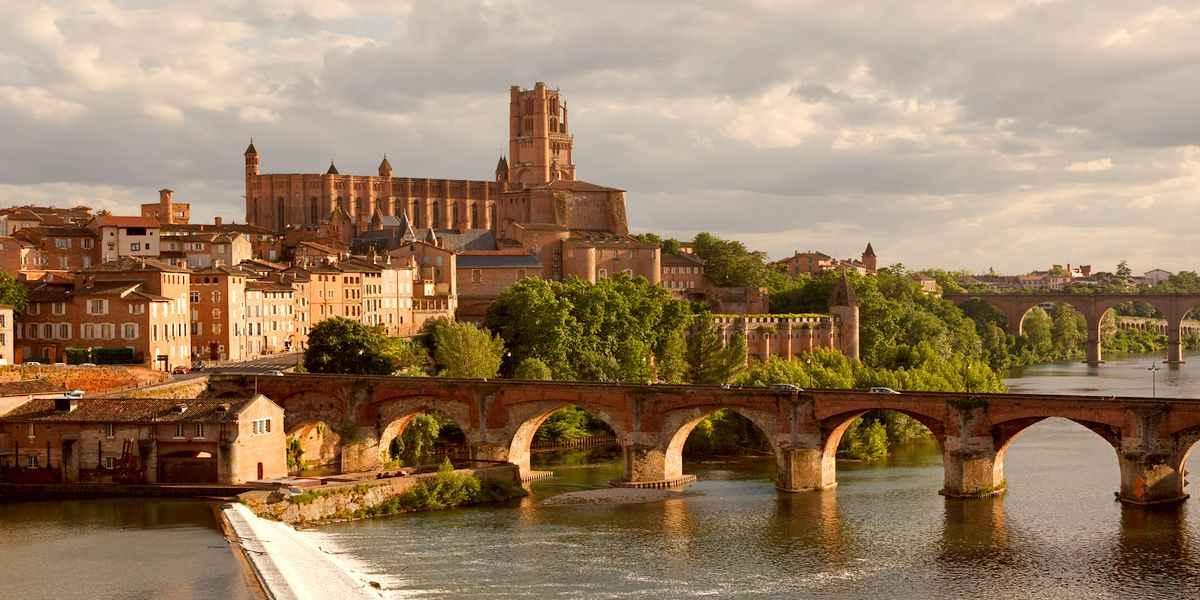 Епископский город Альби, регион Midi-Pyrénées (Миди-Пиренеи) - В окрестностях Тулузы - что посмотреть вокруг Тулузы, путеводитель по Франции